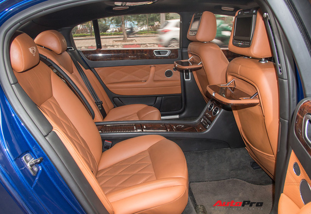 Bentley Continental Flying Spur Speed đi 10 năm bán lại chỉ 2,85 tỷ đồng - Ảnh 8.