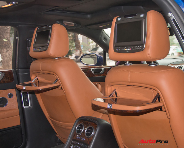 Bentley Continental Flying Spur Speed đi 10 năm bán lại chỉ 2,85 tỷ đồng - Ảnh 23.