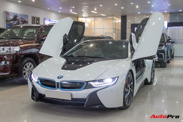 Hết sốt, BMW i8 rao bán lại giá 4,9 tỷ đồng tại Hà Nội - Ảnh 1.