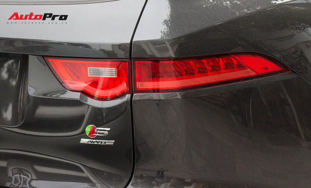SUV thể thao Jaguar F-Pace S đầu tiên xuất hiện tại Việt Nam - Ảnh 11.