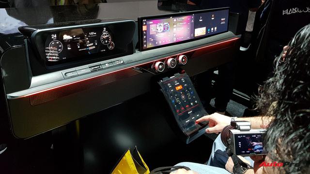 """Trải nghiệm khoang nội thất ô tô """"ngợp"""" màn hình do Samsung sản xuất - Ảnh 4."""