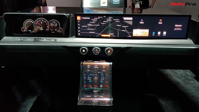 """Trải nghiệm khoang nội thất ô tô """"ngợp"""" màn hình do Samsung sản xuất - Ảnh 1."""