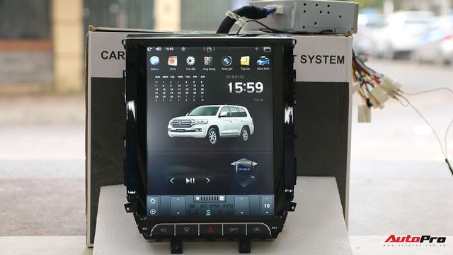 Đánh giá màn hình kiểu Tesla cho xe Toyota: đa dạng tính năng, hiển thị chưa tốt - Ảnh 1.