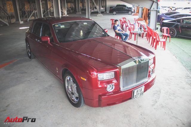 Gặp lại Rolls-Royce Phantom đỏ mận của ông chủ khu du lịch Đại Nam - Ảnh 2.