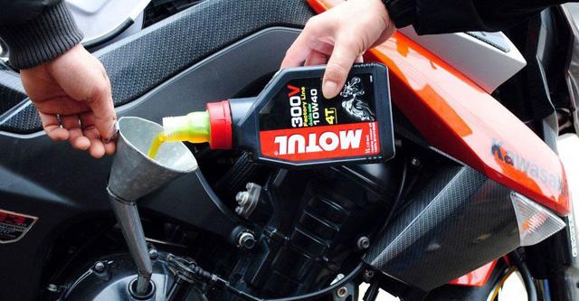 Hiểu đúng thông số dầu nhớt để chọn loại phù hợp cho xe ga, xe số - Ảnh 3.