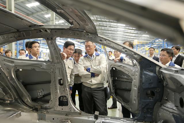 Hyundai cân nhắc xây nhà máy sản xuất ô tô tại Việt Nam - Ảnh 1.