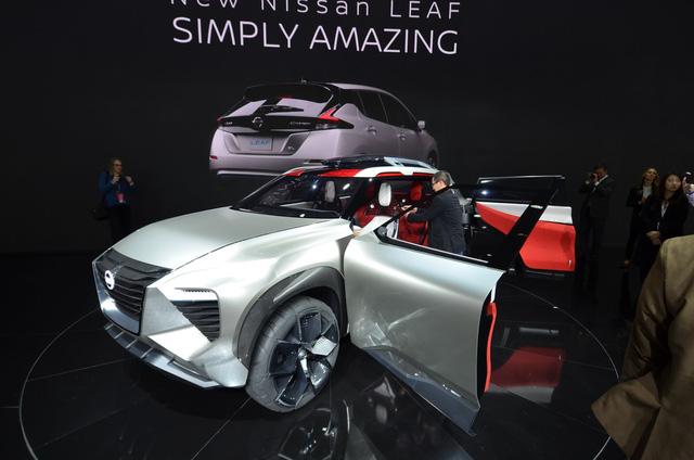 Nissan Xmotion Concept: Bữa tiệc công nghệ - Ảnh 13.