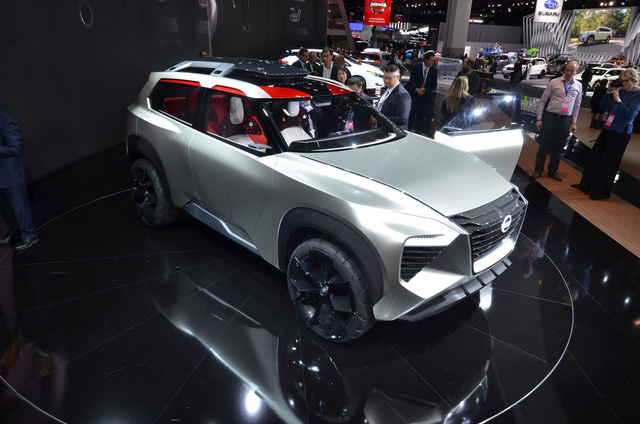 Nissan Xmotion Concept: Bữa tiệc công nghệ - Ảnh 12.