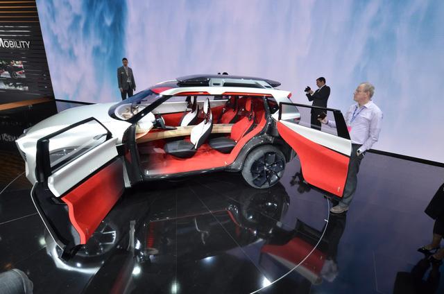 Nissan Xmotion Concept: Bữa tiệc công nghệ - Ảnh 14.