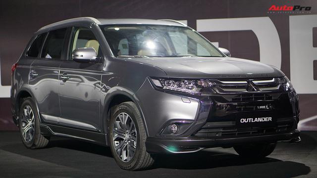 Mitsubishi Outlander CKD xuất xưởng với giá từ 808 triệu đồng, tạo sức ép lên Honda CR-V - Ảnh 3.