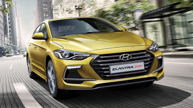 Năm mới, Hyundai Elantra động cơ tăng áp về Việt Nam với giá 688 triệu đồng?