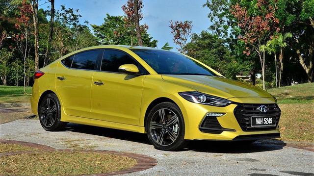 Hyundai Elantra Sport bán tại Việt Nam: Hãng nói không, đại lý nói có