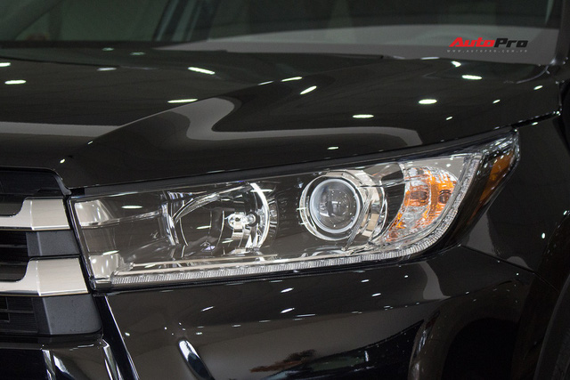 Toyota Highlander Limited 2017 về Việt Nam, giá cao hơn Land Cruiser chính hãng - Ảnh 7.