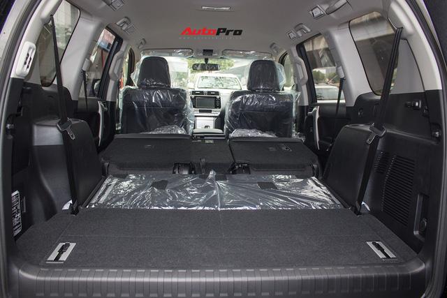 Khám phá Toyota Land Cruiser Prado 2018 giá hơn 2,2 tỷ đồng tại Việt Nam - Ảnh 27.
