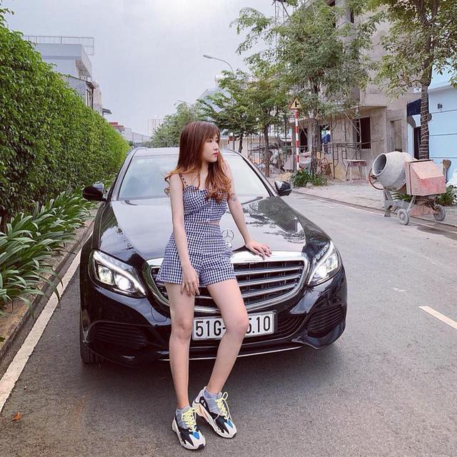 Xế hộp bạc tỷ gắn liền với những game streamer Việt Nam nổi bật trong năm 2018: Có cả siêu xe BMW i8 - Ảnh 2.