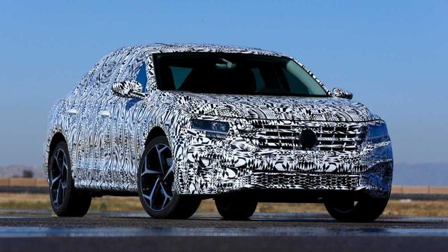 Volkswagen nhá hàng Passat cạnh tranh Toyota Camry ra mắt tuần tới, cam kết trung thành với sedan - Ảnh 2.
