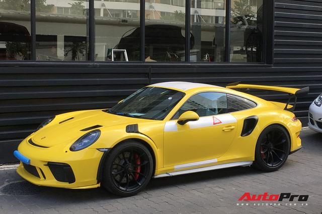 Sau hai chiếc Porsche 911 GT2 RS, Porsche 911 GT3 RS phiên bản facelift cũng chính thức cập bến Việt Nam - Ảnh 3.