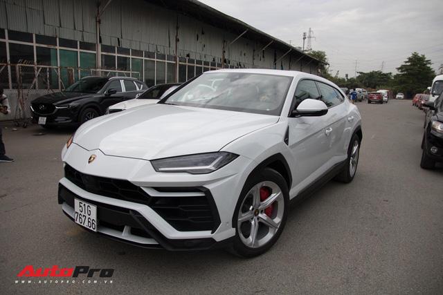 Siêu SUV Lamborghini Urus đầu tiên Việt Nam của Minh Nhựa ra biển lộc - Ảnh 2.