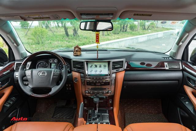 Lexus LX570 sau 8 năm tuổi và 70.000 km - Xe sang giá dưới 3,5 tỷ đồng - Ảnh 7.