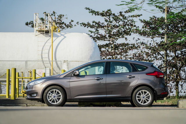 5 mẫu xe giá thấp hơn niêm yết tại đại lý - món hời cho mùa mua sắm cuối năm - Ảnh 5.