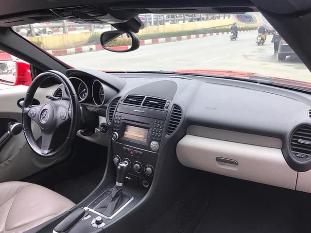 Kén khách, xe dân chơi Mercedes-Benz SLK 2010 hạ giá dưới 800 triệu đồng - Ảnh 4.