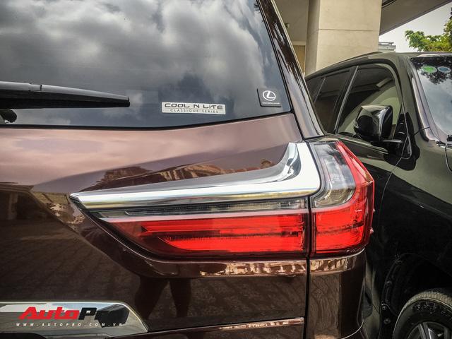 Đại gia Sài Gòn vung tay sắm Lexus LX570 màu lạ, đeo biển số tứ quý 9 - Ảnh 6.