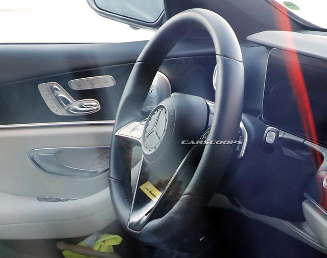 Lần đầu lộ nội thất Mercedes-Benz E-Class mới: Xuất hiện điểm mới chưa từng có trên xe Mẹc - Ảnh 2.