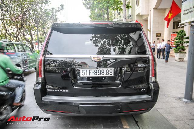 Cadillac Escalade 2015 biển khủng tứ quý 8 trên phố Sài Gòn - Ảnh 9.