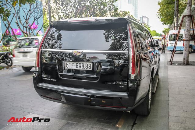 Cadillac Escalade 2015 biển khủng tứ quý 8 trên phố Sài Gòn - Ảnh 11.