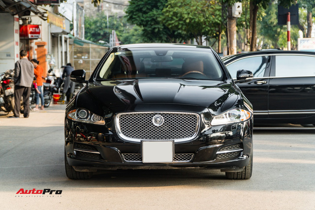 Jaguar XJL 2011 - When there are 2 billion but I do not want to choose the S-Class and the 7 Series - Picture 1.