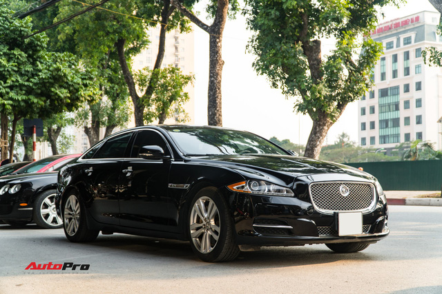 Jaguar XJL 2011 - When there are 2 billion but do not want to choose S-Class and 7 Series - Picture 9.