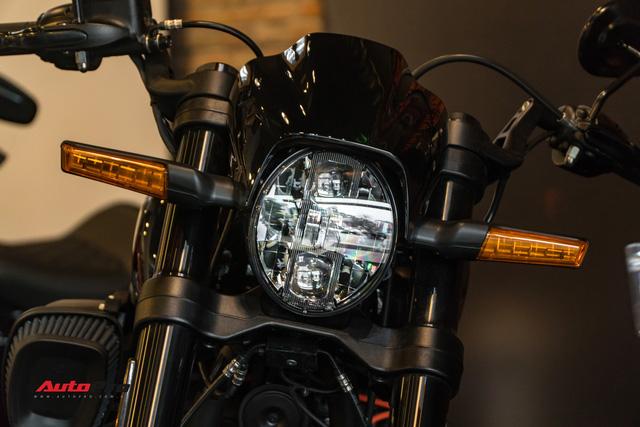 Harley-Davidson FXDR ra mắt tại Việt Nam, giá từ 799,5 triệu đồng - Ảnh 2.