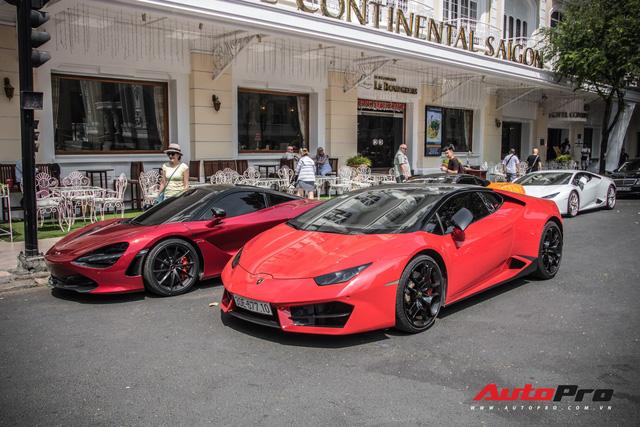 Bốn chiếc siêu xe tụ tập những ngày cuối năm tại Sài Gòn - Ảnh 9.