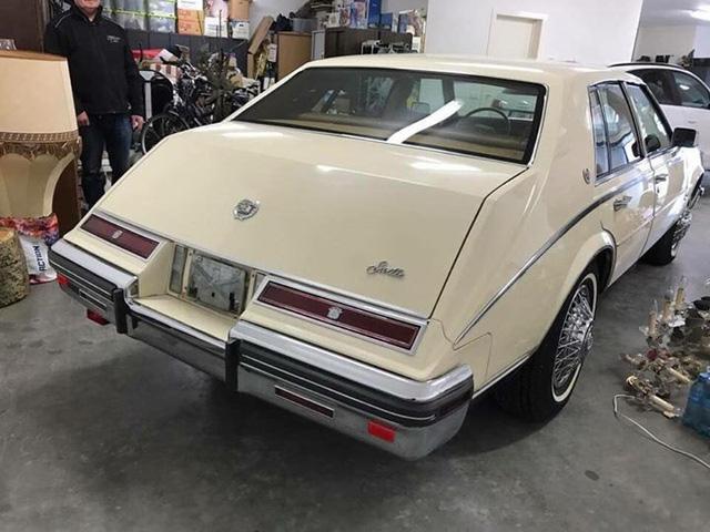 Đồ cổ 40 năm tuổi Cadillac Seville hét giá hơn 1,7 tỷ đồng - Ảnh 3.