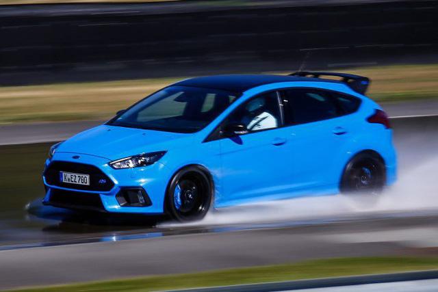 10 mẫu hatchback mạnh nhất thế giới với khả năng tăng tốc như xe đua - Ảnh 7.