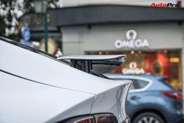 Tesla Model X màu trắng lạ lẫm xuất hiện tại Hà Nội - Ảnh 9.