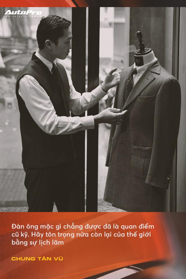 Anh chàng thích mua xe cũ, hay hỏng vặt, hiếm phụ tùng nhưng chuyên mặc vest tại Hà Nội: Đừng nghĩ đi ô tô mới được mặc đẹp Tết này - Ảnh 7.