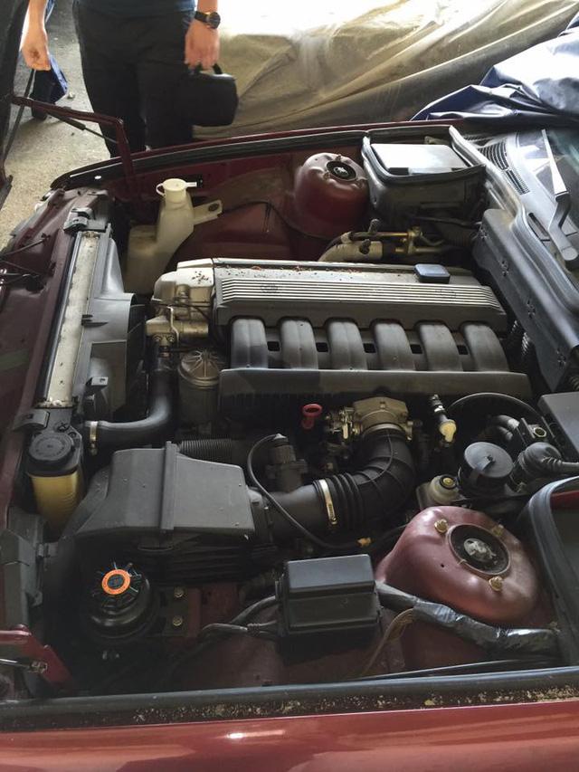 Kho báu giữa đời thực: Tìm thấy 11 chiếc BMW 5-Series 1994 chưa từng sử dụng - Ảnh 6.