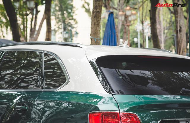 Soi kĩ Bentley Bentayga Onyx Edition hai tông màu độc nhất Việt Nam - Ảnh 10.