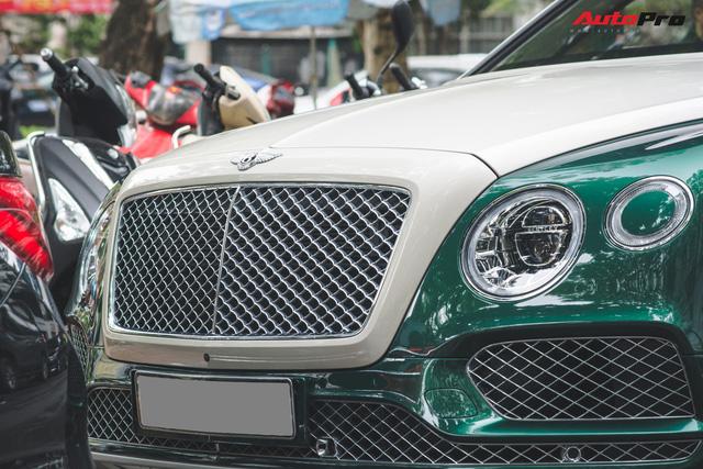 Soi kĩ Bentley Bentayga Onyx Edition hai tông màu độc nhất Việt Nam - Ảnh 7.