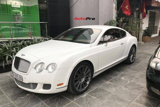 Bentley Continental GT Speed nhọ nhất Hà Nội: 2 mùa Tết bị trộm gương, năm nay còn bị vặt thêm 4 món đồ giá trị khác - Ảnh 1.