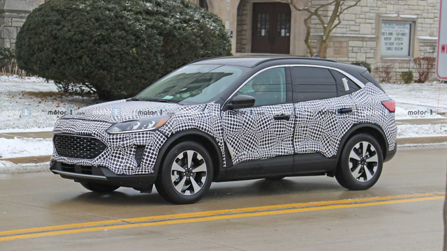 Ford Escape đời mới nhá hàng, lộ thông số, sẵn sàng đấu Honda CR-V từ tháng 4 - Ảnh 3.