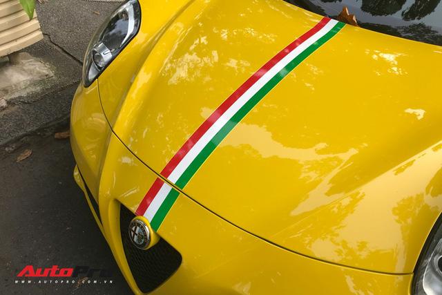 Độc nhất VN và tăng tốc ngang Ferrari nhưng Alfa Romeo 4C Launch Edition còn làm nức lòng giới mộ điệu bằng những điều này - Ảnh 9.