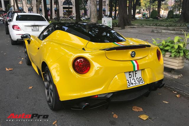 Độc nhất VN và tăng tốc ngang Ferrari nhưng Alfa Romeo 4C Launch Edition còn làm nức lòng giới mộ điệu bằng những điều này - Ảnh 10.