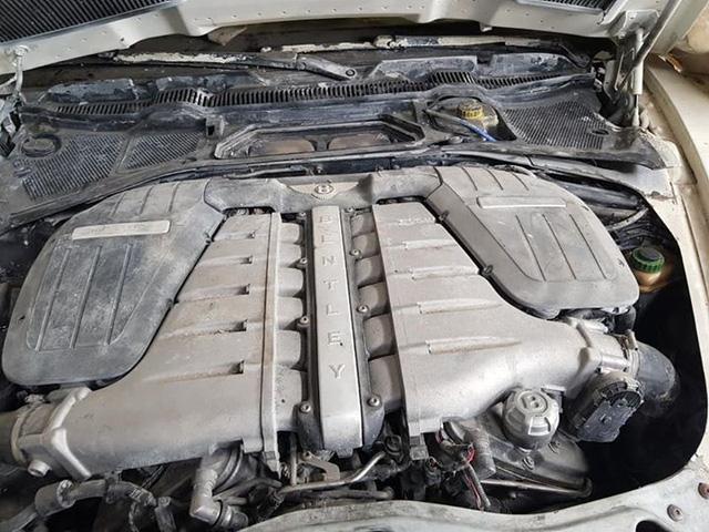 Bentley Continental Flying Spur, BMW 6-Series, Mercedes-Benz SLK bị bán rã xác không thương tiếc với tổng giá 500 triệu đồng - Ảnh 3.