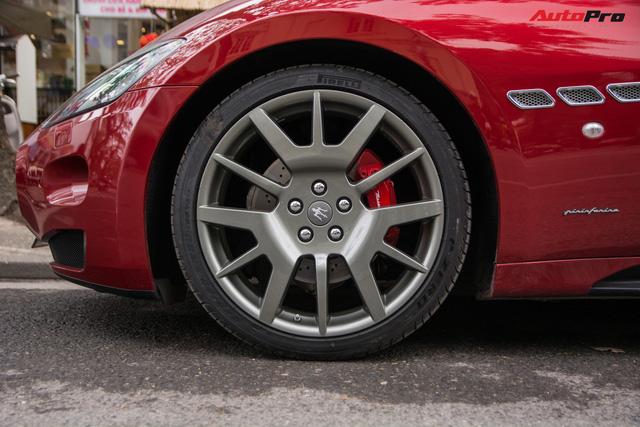 Maserati GranTurismo chính hãng đầu tiên và duy nhất tại Việt Nam có biển số siêu đẹp - Ảnh 9.