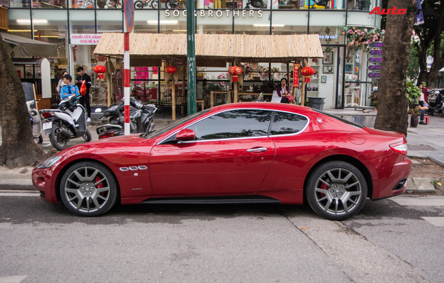 Maserati GranTurismo chính hãng đầu tiên và duy nhất tại Việt Nam có biển số siêu đẹp - Ảnh 4.