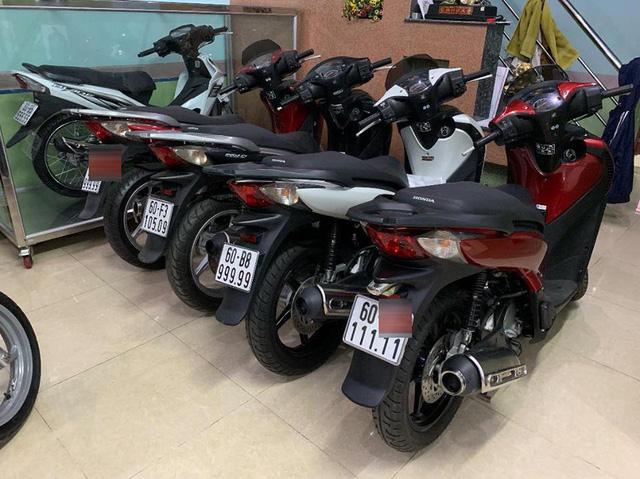 Đây là bộ sưu tập xe máy biển ngũ quý bạc tỷ của dân chơi Bến Tre và Đồng Nai nhưng loại xe mới gây chú ý - Ảnh 7.