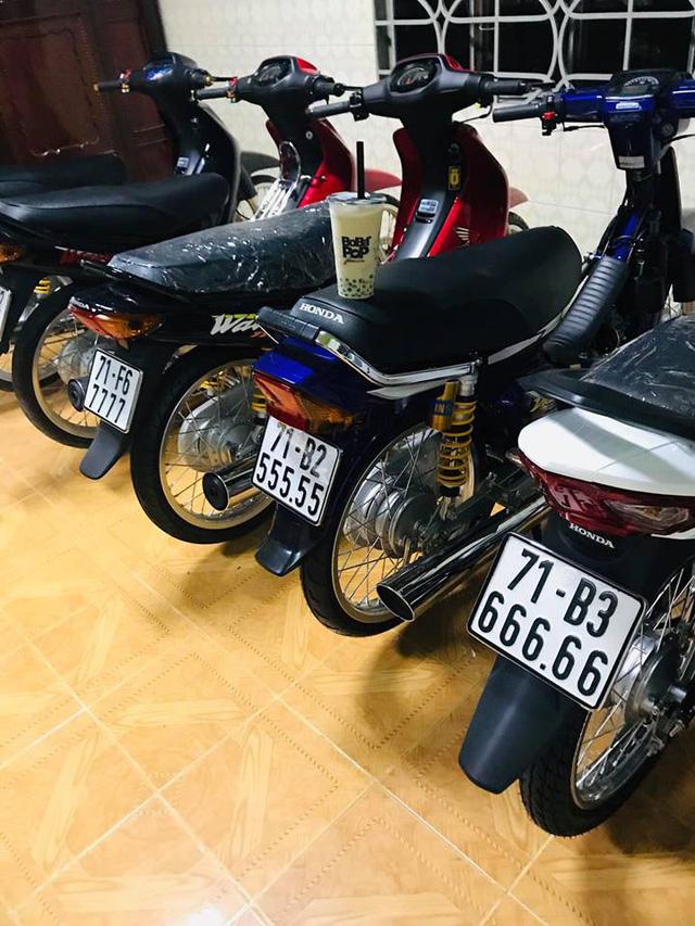 Đây là bộ sưu tập xe máy biển ngũ quý bạc tỷ của dân chơi Bến Tre và Đồng Nai nhưng loại xe mới gây chú ý - Ảnh 3.