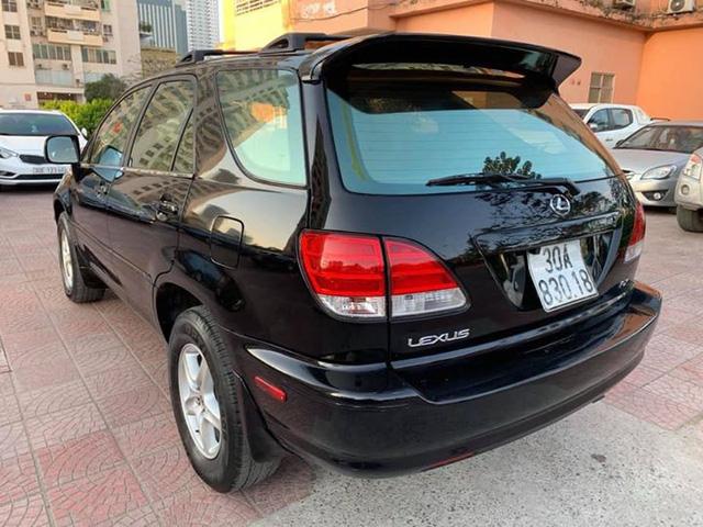 Rẻ hơn Kia Morning cả chục triệu, có nên mua Lexus RX300 cũ? - Ảnh 2.